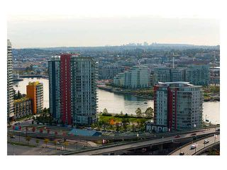 """Photo 8: 3206 1008 CAMBIE Street in Vancouver: Yaletown Condo for sale in """"WATERWORKS"""" (Vancouver West)  : MLS®# V960432"""