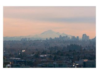 """Photo 10: 3206 1008 CAMBIE Street in Vancouver: Yaletown Condo for sale in """"WATERWORKS"""" (Vancouver West)  : MLS®# V960432"""