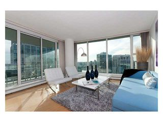 """Photo 3: 3206 1008 CAMBIE Street in Vancouver: Yaletown Condo for sale in """"WATERWORKS"""" (Vancouver West)  : MLS®# V960432"""