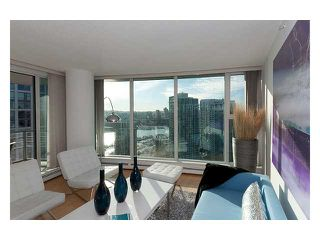 """Photo 2: 3206 1008 CAMBIE Street in Vancouver: Yaletown Condo for sale in """"WATERWORKS"""" (Vancouver West)  : MLS®# V960432"""