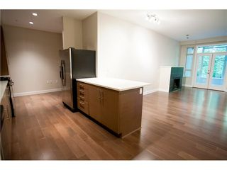 Photo 8: 104 3294 MT SEYMOUR Parkway in North Vancouver: Northlands Condo for sale : MLS®# V1009064