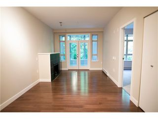 Photo 9: 104 3294 MT SEYMOUR Parkway in North Vancouver: Northlands Condo for sale : MLS®# V1009064