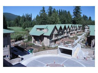 Photo 3: 104 3294 MT SEYMOUR Parkway in North Vancouver: Northlands Condo for sale : MLS®# V1009064