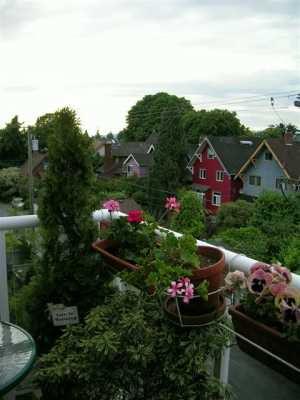"Photo 5: 410 2929 W 4TH AV in Vancouver: Kitsilano Condo for sale in ""THE MADISON"" (Vancouver West)  : MLS®# V596627"