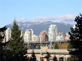 Photo 9: # 301 1425 W 6TH AV in Vancouver: False Creek Condo for sale (Vancouver West)  : MLS®# V1047018