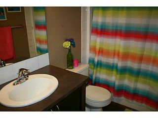 Photo 16: 191 Rainbow Falls Drive: Chestermere Townhouse for sale : MLS®# C3632294