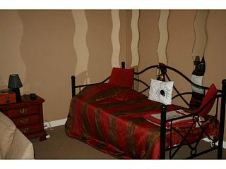 Photo 18: 191 Rainbow Falls Drive: Chestermere Townhouse for sale : MLS®# C3632294