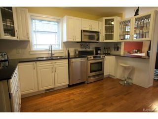 Photo 7: 134 Harrowby Avenue in WINNIPEG: St Vital Residential for sale (South East Winnipeg)  : MLS®# 1420908