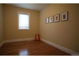 Photo 17: 134 Harrowby Avenue in WINNIPEG: St Vital Residential for sale (South East Winnipeg)  : MLS®# 1420908