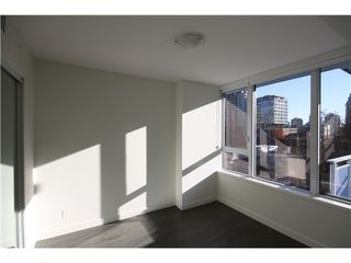 Photo 4: 606 1009 harwood Street in Vancouver: Condo for sale : MLS®# V1094050