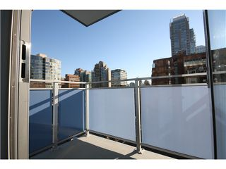Photo 5: 606 1009 harwood Street in Vancouver: Condo for sale : MLS®# V1094050