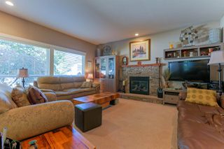 Photo 10: 5565 4 AVENUE in Delta: Pebble Hill House for sale (Tsawwassen)  : MLS®# R2047286