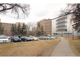 Photo 34: #107 3101 34 AV NW in Calgary: Varsity Condo for sale : MLS®# C4054624
