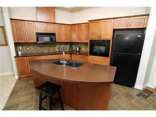 Photo 6: #107 3101 34 AV NW in Calgary: Varsity Condo for sale : MLS®# C4054624