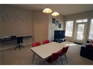 Photo 16: #107 3101 34 AV NW in Calgary: Varsity Condo for sale : MLS®# C4054624
