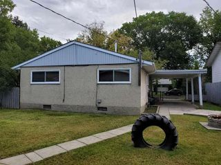 Photo 2:  in Edmonton: Zone 01 House for sale : MLS®# E4171018