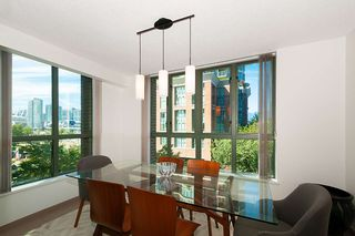 """Photo 6: 301 1128 QUEBEC Street in Vancouver: Downtown VE Condo for sale in """"CITY GATE"""" (Vancouver East)  : MLS®# R2401040"""