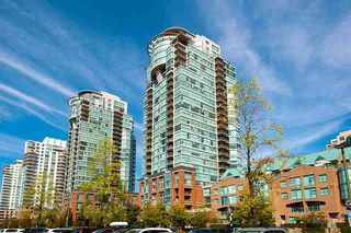 """Photo 2: 301 1128 QUEBEC Street in Vancouver: Downtown VE Condo for sale in """"CITY GATE"""" (Vancouver East)  : MLS®# R2401040"""