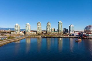 """Main Photo: 301 1128 QUEBEC Street in Vancouver: Downtown VE Condo for sale in """"CITY GATE"""" (Vancouver East)  : MLS®# R2401040"""