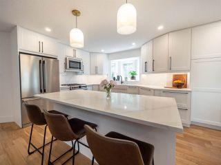 Photo 3: 224 RHATIGAN Road E in Edmonton: Zone 14 House for sale : MLS®# E4175557