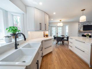 Photo 2: 224 RHATIGAN Road E in Edmonton: Zone 14 House for sale : MLS®# E4175557