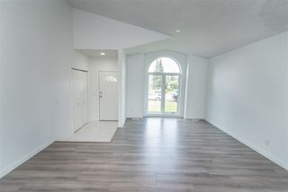 Photo 3: 12808 157 Avenue in Edmonton: Zone 27 House for sale : MLS®# E4181469