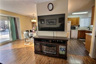 Photo 8: 8203 189A Street in Edmonton: Zone 20 House for sale : MLS®# E4187689