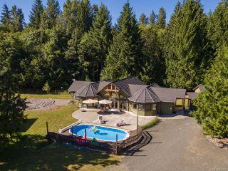 Photo 1: 5584 Prendergast Rd in COURTENAY: CV Courtenay West House for sale (Comox Valley)  : MLS®# 837501