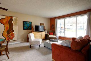 Photo 5: 9 BEAVERBROOK Crescent: St. Albert House for sale : MLS®# E4197284