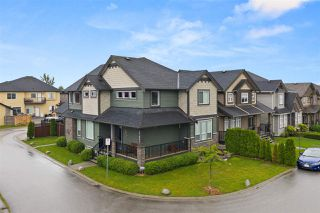 Main Photo: 27964 CONDUCTOR Drive in Abbotsford: Aberdeen House for sale : MLS®# R2466267