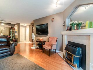 """Photo 2: 220 19528 FRASER Highway in Surrey: Cloverdale BC Condo for sale in """"FAIRMONT ON THE BOULEVARD"""" (Cloverdale)  : MLS®# R2467752"""
