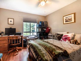 "Photo 11: 220 19528 FRASER Highway in Surrey: Cloverdale BC Condo for sale in ""FAIRMONT ON THE BOULEVARD"" (Cloverdale)  : MLS®# R2467752"