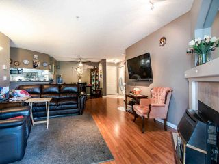 """Photo 4: 220 19528 FRASER Highway in Surrey: Cloverdale BC Condo for sale in """"FAIRMONT ON THE BOULEVARD"""" (Cloverdale)  : MLS®# R2467752"""