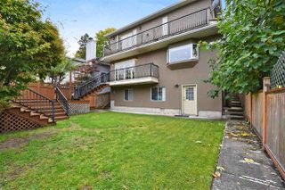 "Photo 19: 835 W 23RD Avenue in Vancouver: Cambie House for sale in ""DOUGLAS PARK/CAMBIE VILLAGE"" (Vancouver West)  : MLS®# R2477711"