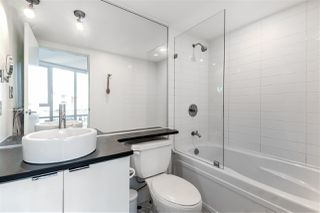 """Photo 16: 1709 788 HAMILTON Street in Vancouver: Downtown VW Condo for sale in """"TV TOWER"""" (Vancouver West)  : MLS®# R2489935"""