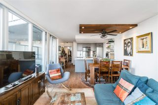 """Photo 7: 1709 788 HAMILTON Street in Vancouver: Downtown VW Condo for sale in """"TV TOWER"""" (Vancouver West)  : MLS®# R2489935"""