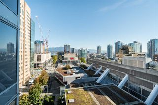 """Photo 22: 1709 788 HAMILTON Street in Vancouver: Downtown VW Condo for sale in """"TV TOWER"""" (Vancouver West)  : MLS®# R2489935"""
