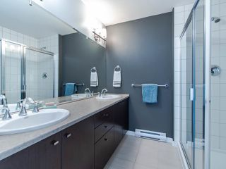 """Photo 10: 102 18777 68A Avenue in Surrey: Clayton Townhouse for sale in """"Compass"""" (Cloverdale)  : MLS®# R2491239"""
