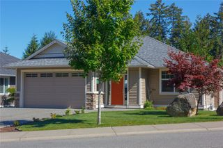 Photo 2: 743 Colonia Dr in : Du Ladysmith Single Family Detached for sale (Duncan)  : MLS®# 855351