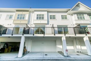 Photo 3: 19 27735 ROUNDHOUSE Drive in Abbotsford: Aberdeen Townhouse for sale : MLS®# R2498505