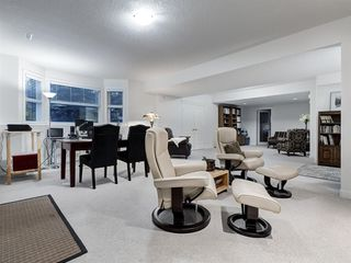 Photo 33: 30 DISCOVERY RIDGE Lane SW in Calgary: Discovery Ridge Semi Detached for sale : MLS®# A1038532
