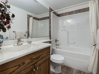 Photo 38: 30 DISCOVERY RIDGE Lane SW in Calgary: Discovery Ridge Semi Detached for sale : MLS®# A1038532