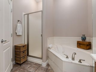 Photo 26: 30 DISCOVERY RIDGE Lane SW in Calgary: Discovery Ridge Semi Detached for sale : MLS®# A1038532