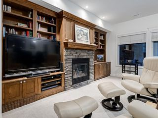 Photo 31: 30 DISCOVERY RIDGE Lane SW in Calgary: Discovery Ridge Semi Detached for sale : MLS®# A1038532