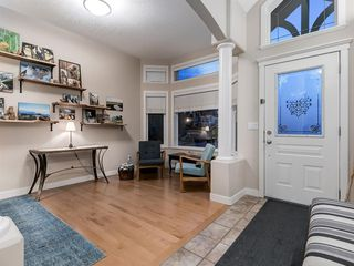 Photo 4: 30 DISCOVERY RIDGE Lane SW in Calgary: Discovery Ridge Semi Detached for sale : MLS®# A1038532