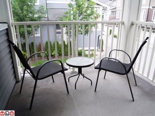 """Photo 4: 83 6575 192ND Street in Surrey: Clayton Townhouse for sale in """"IXIA"""" (Cloverdale)  : MLS®# F1216748"""