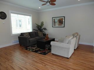 "Photo 2: 3 307 BEGIN Street in Coquitlam: Maillardville Townhouse for sale in ""LAVAL VILLAS"" : MLS®# V978955"