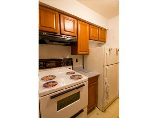 """Photo 3: # 307 708 8TH AV in New Westminster: Uptown NW Condo for sale in """"VILLA FRANCISCAN"""" : MLS®# V1007737"""