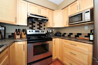 Photo 5: # 207 1447 BEST ST: White Rock Condo for sale (South Surrey White Rock)  : MLS®# F1322883