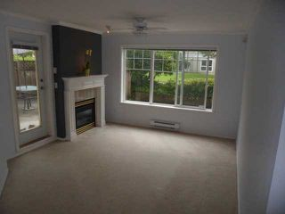 Photo 3: # 113 10188 155 ST in Surrey: Guildford Condo for sale (North Surrey)  : MLS®# F1320378